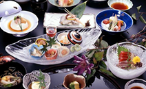 Kyo-kaiseki (Kyoto-style Traditional Multi-Course Meal)