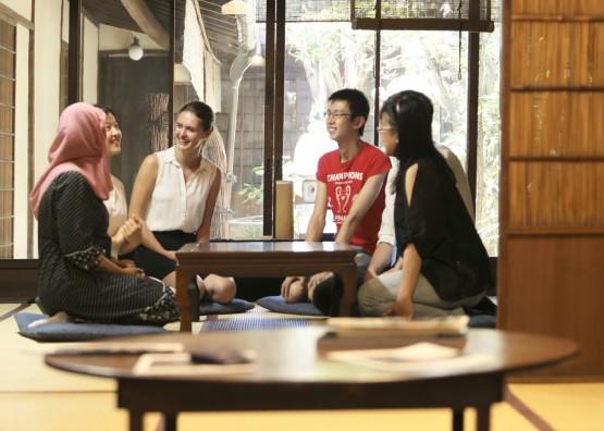 日本にも英語で学べる学科がある!?-京都の英語で勉強できる学校特集-